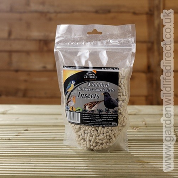 Mealworm suet pellets, an ideal treat for wood pigeons