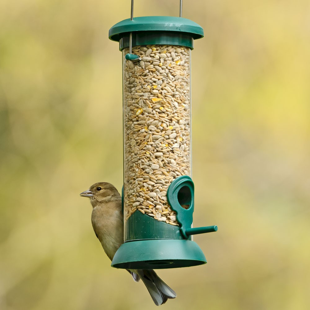 The One Classic Seed Feeder is perfect to go with the no mess seed mixes